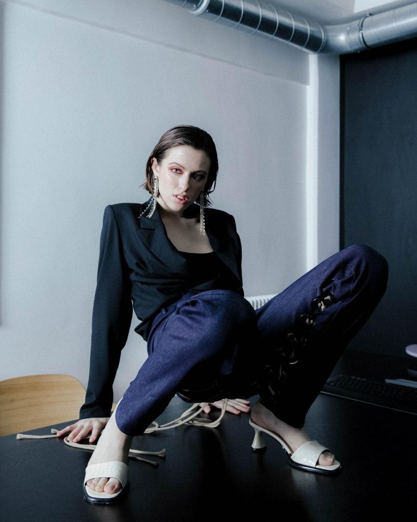 Photographer: Renata Kats Style: Alexandra Osina Makeup + Hair: Christine Frame